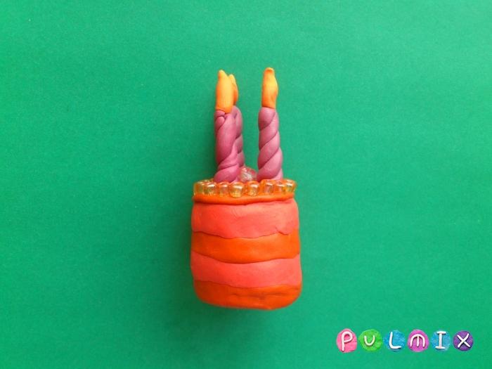 Как лепить тортик со свечками из пластилина поэтапно - шаг 6