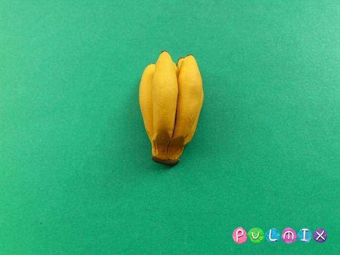 Как сделать бананы из пластилина поэтапно - шаг 7