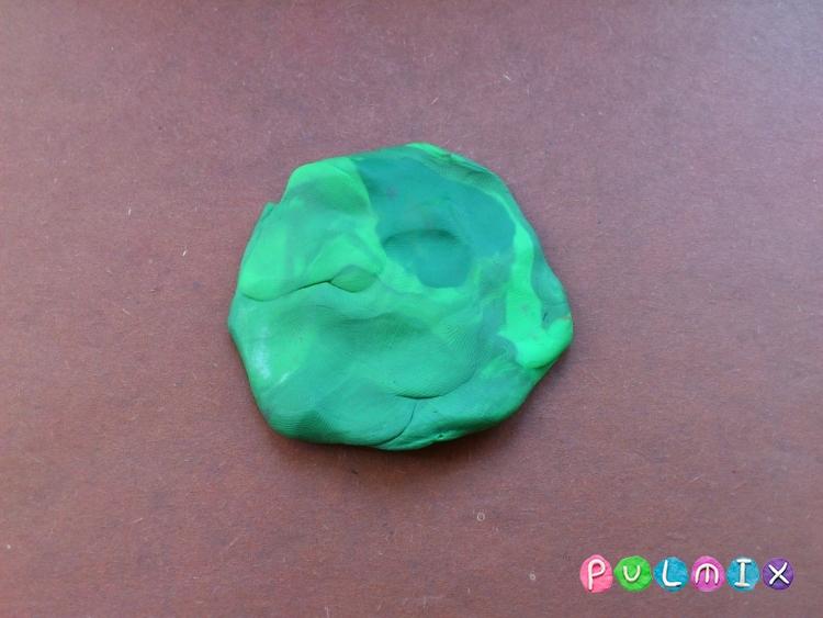 Как слепить арбуз в разрезе из пластилина - шаг 2