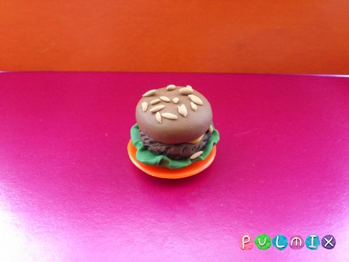 Как слепить гамбургер из пластилина поэтапно - шаг 10