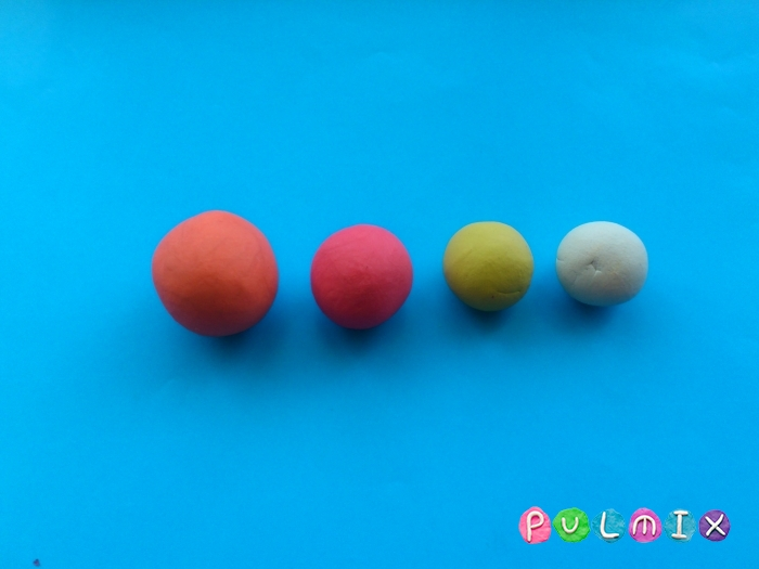 Как слепить из пластилина конфеты на палочке - шаг 1