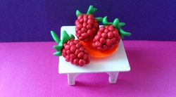 Лепка ягод малины  своими руками