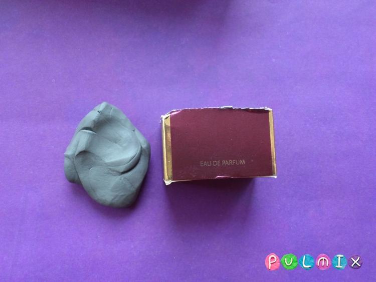 Как слепить мангал с шашлыком из пластилина - шаг 2