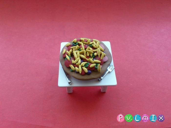 Как слепить пиццу из пластилина поэтапно - шаг 8