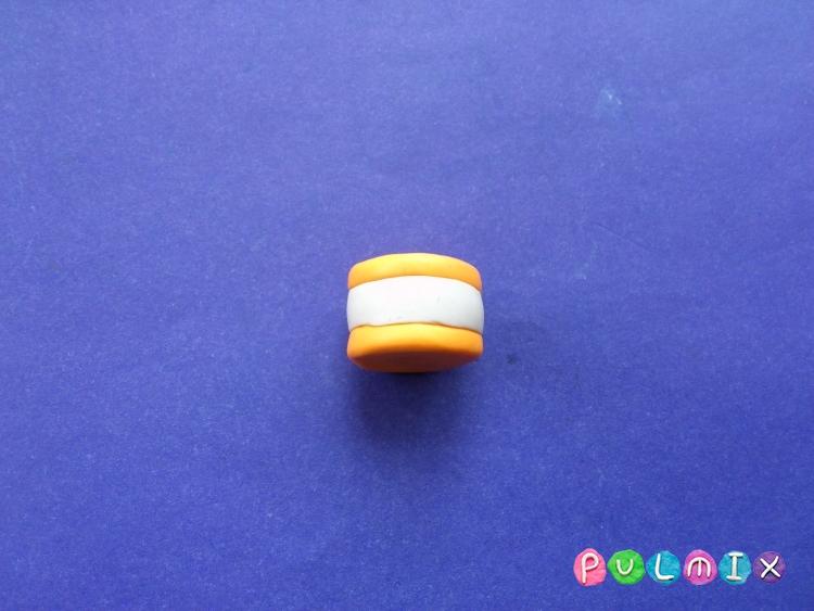 Как слепить пирожное для кукол из пластилина - шаг 4