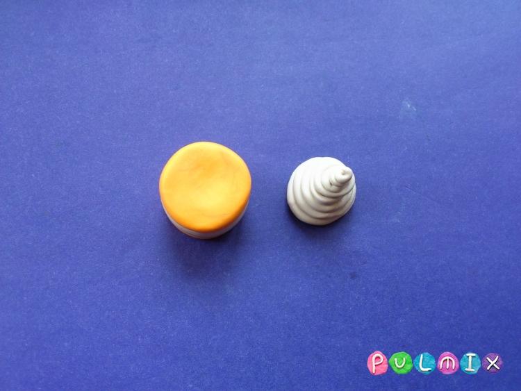 Как слепить пирожное для кукол из пластилина - шаг 5
