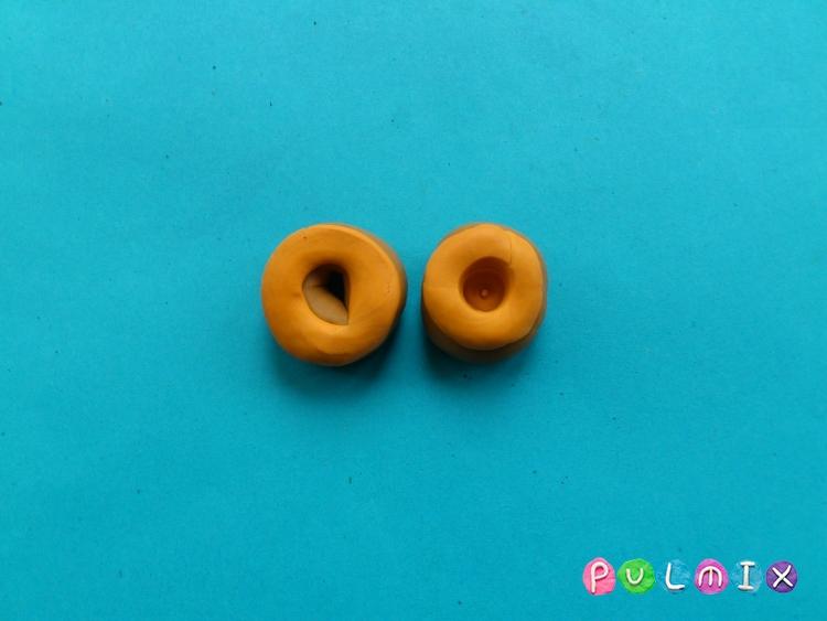 Как слепить пончики для кукол из пластилина поэтапно - шаг 5