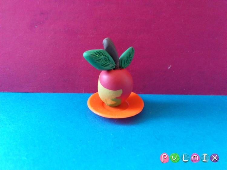 Как слепить яблоко из пластилина поэтапно - шаг 7