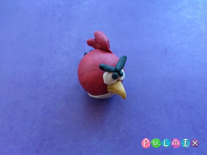 Как лепить птичку Рэда из пластилина поэтапно - шаг 7