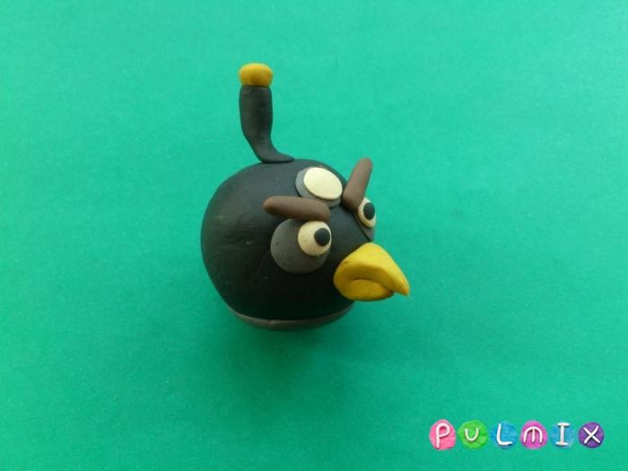 Как слепить Чёрную птицу из пластилина фото урок - шаг 8