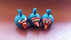 Фотография Джея, Джейка и Джима из пластилина из игры Энгри Бердз