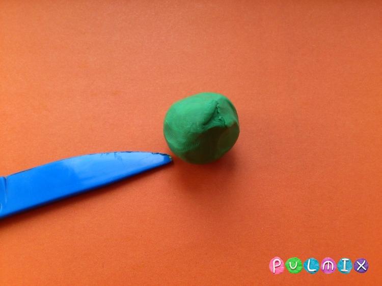 Как слепить покемона Бульбазавра из пластилина поэтапно - шаг 6