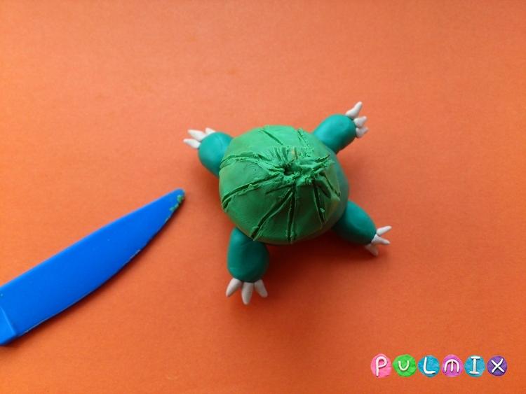 Как слепить покемона Бульбазавра из пластилина поэтапно - шаг 7