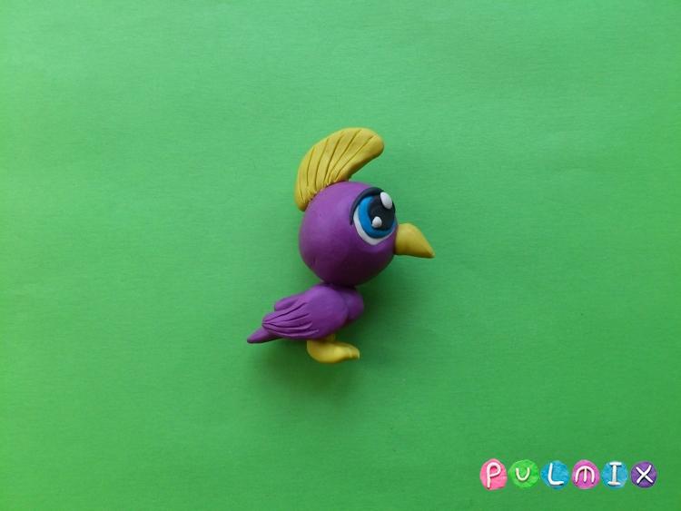 Как слепить пет шопа попугая из пластилина - шаг 9