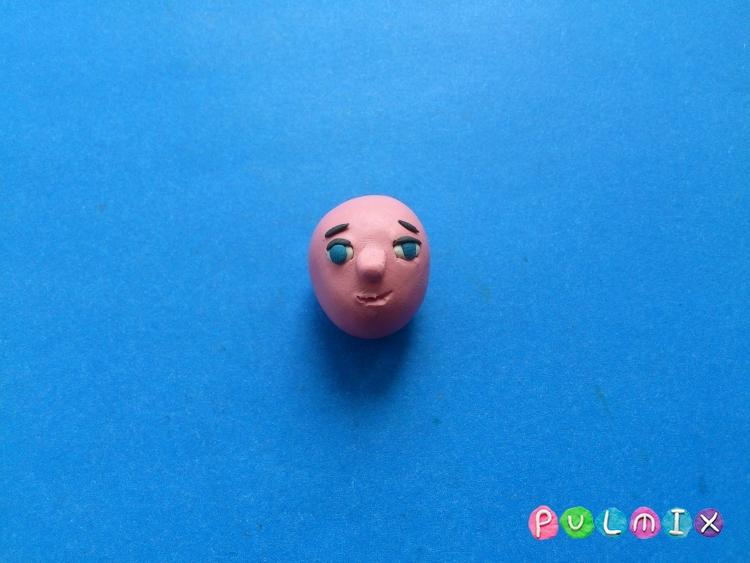 Как сделать Малыша из пластилина героя Малыш и Карлсон - шаг 3