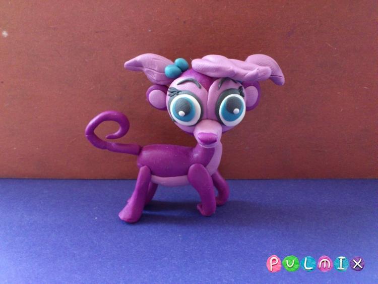 Как слепить Pet Shop обезьянку Минку из пластилина  - шаг 17