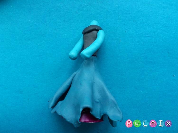 Как слепить Анну из пластилина урок с фото - шаг 12