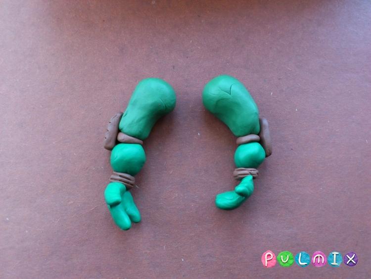 Как слепить черепашку-ниндзя Леонардо из пластилина поэтапно - шаг 11