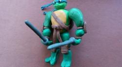 Как слепить черепашку-ниндзя Леонардо из пластилина поэтапно