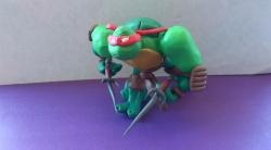 Как сделать черепашку-ниндзя Рафаэля своими руками из пластилина поэтапно