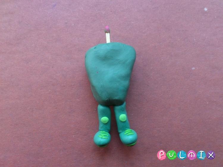 Как слепить фиксика Папуса из пластилина поэтапно - шаг 11