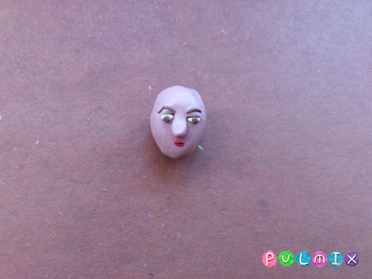 Как слепить Эйприл О'Нил из пластилина - шаг 7
