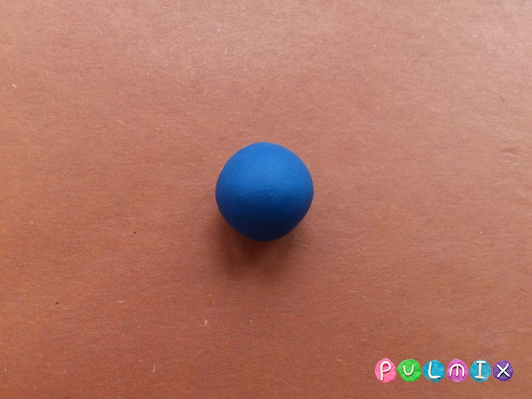 Как слепить Карлсона из пластилина своими руками - шаг 1