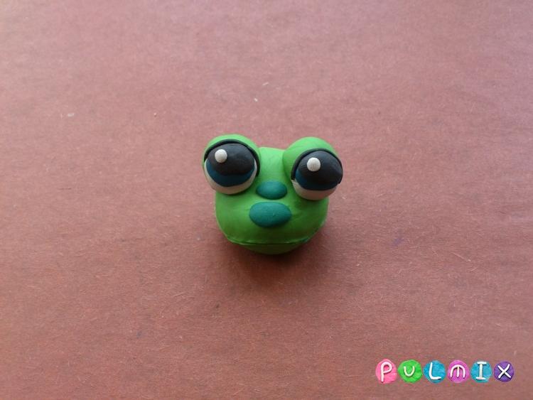 Как слепить лягушку Pet Shop из пластилина поэтапно - шаг 4