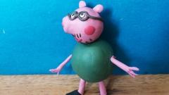 Как слепить папу Свина из пластилина персонажа мультсериала Свинка Пеппа
