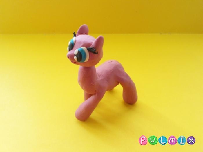 Как слепить пони Пинки Пай из пластилина поэтапно - шаг 8