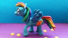 Лепим пони Радугу Дэш из пластилина из мультсериала Дружба — это чудо