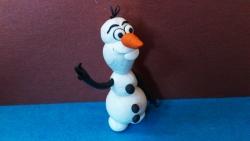 Как слепить  снеговика Олафа персонажа мультфильма Холодное сердце