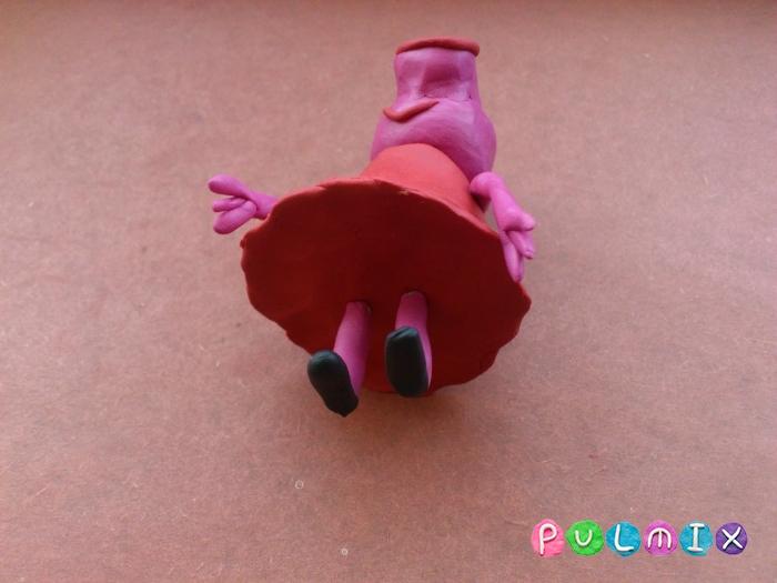 Как слепить свинку Пеппу из пластилина поэтапно - шаг 11