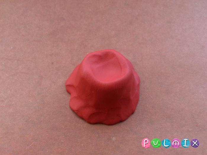 Как слепить свинку Пеппу из пластилина поэтапно - шаг 4