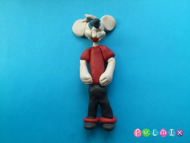 Лепим из пластилина белую мышку из мульт-ма Кот Леопольд - шаг 12