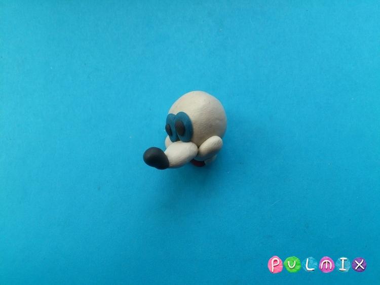 Лепим из пластилина белую мышку из мульт-ма Кот Леопольд - шаг 9