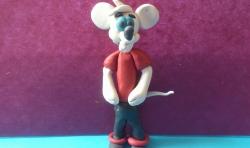 Как слепить  белую мышку из мультфильма Кот Леопольд