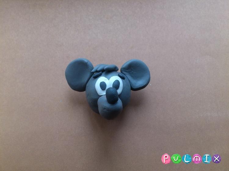 Лепим из пластилина серую мышку из мульт-ма Кот Леопольд - шаг 11