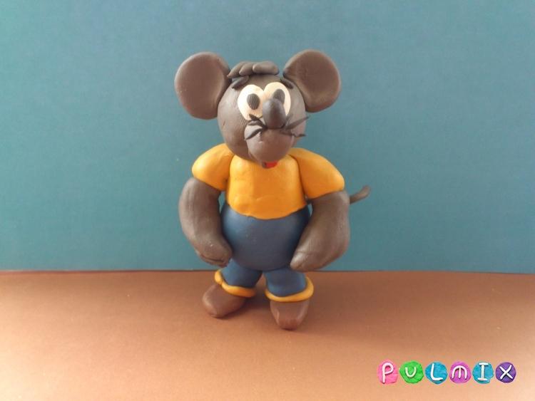 Лепим из пластилина серую мышку из мульт-ма Кот Леопольд - шаг 14