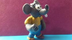 Как слепить из пластилина серую мышку из мультфильма Кот Леопольд