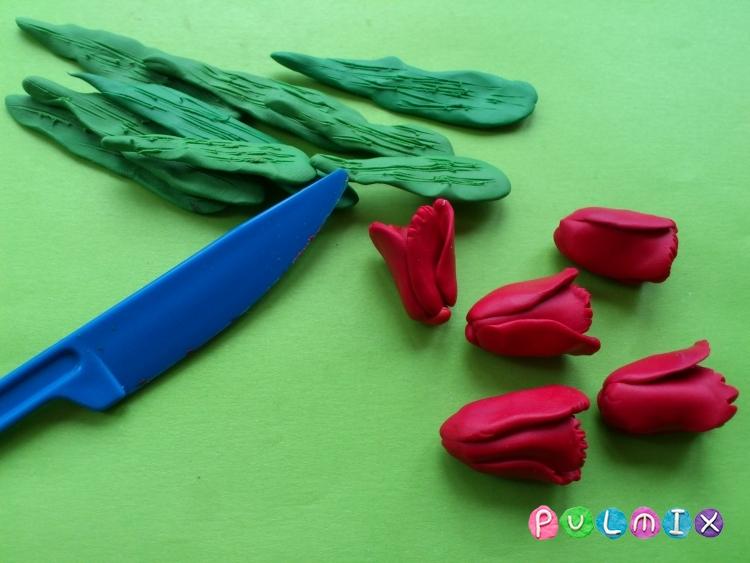 Как слепить открытку валентинку из пластилина своими руками - шаг 4