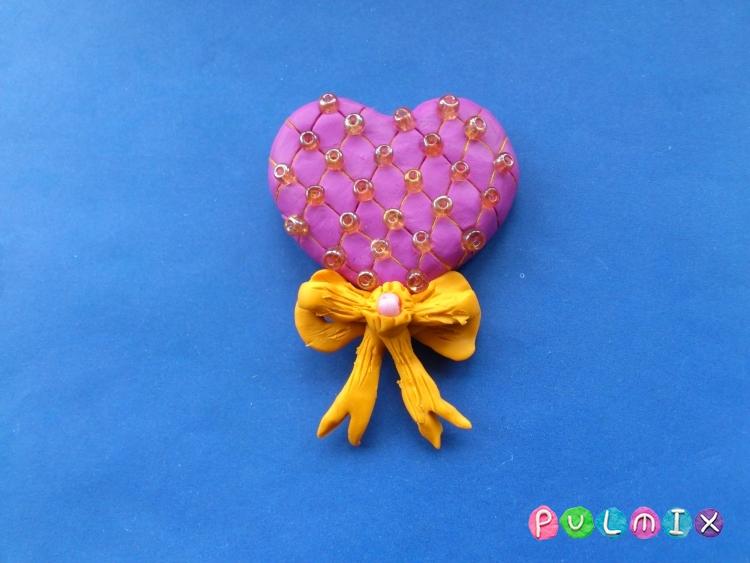 Как слепить сувенир сердечко из пластилина своими руками - шаг 9