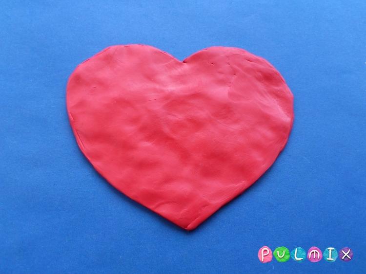 Как слепить валентинку с цветочным орнаментом из пластилина - шаг 3