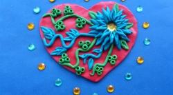 Как слепить  нарядную валентинку с цветочным орнаментом