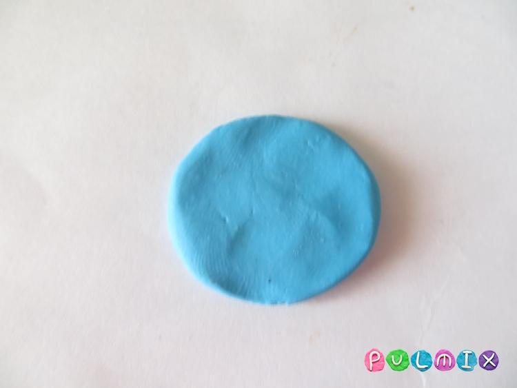 Как сделать новогодний шарик из пластилина поэтапно - шаг 2