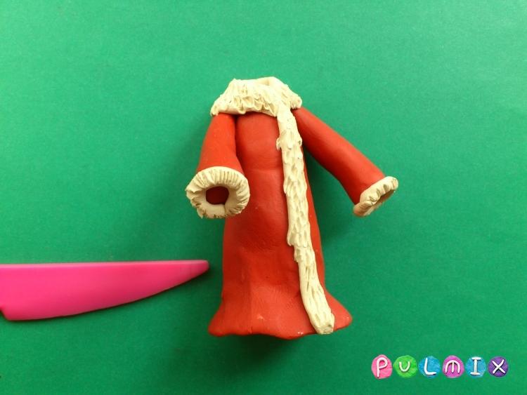 Как слепить Деда Мороза из пластилина поэтапно - шаг 12