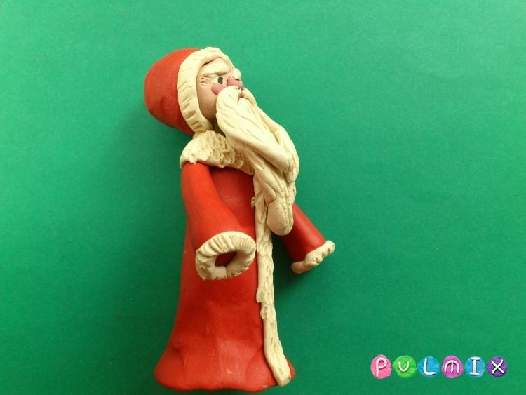 Как слепить Деда Мороза из пластилина поэтапно - шаг 13