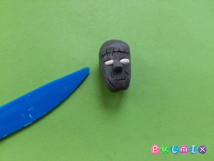 Как слепить Франкенштейна из пластилина поэтапно - шаг 3