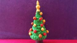 Как слепить новогоднюю елку с игрушками из пластилина своими руками поэтапно