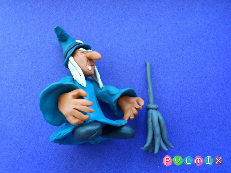 Как слепить ведьму на Хэллоуин из пластилина поэтапно - шаг 13